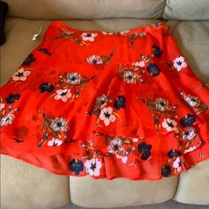 Old Navy layered flirty red floral skirt
